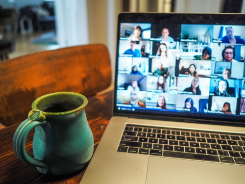 4 Tips for Assembling and Managing a Remote Team